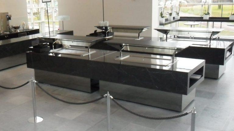 marmorilaatoitetut tarjoilutiskit